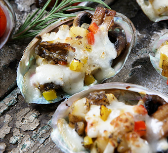 Oven-baked Abalone with Cheese